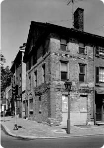 Czarno-biała fotografia domu Kościuszki w Filadelfii